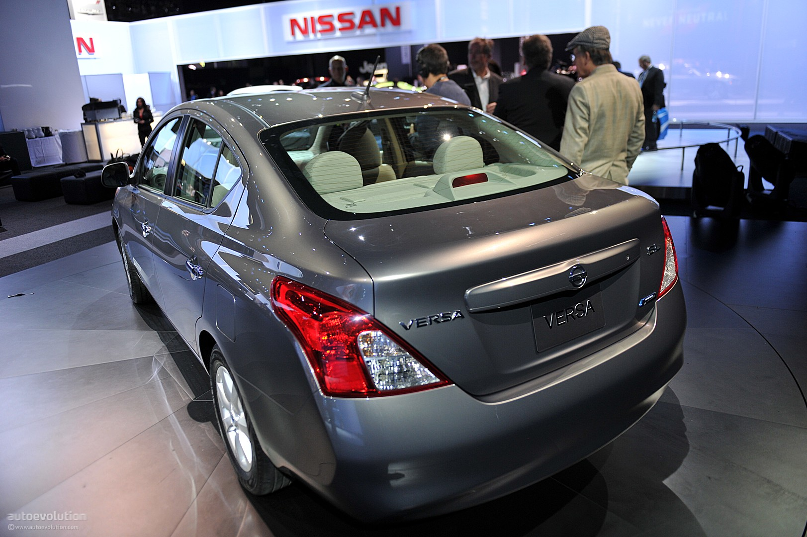 Nyias 2011 Nissan Versa Sedan Live Photos Autoevolution