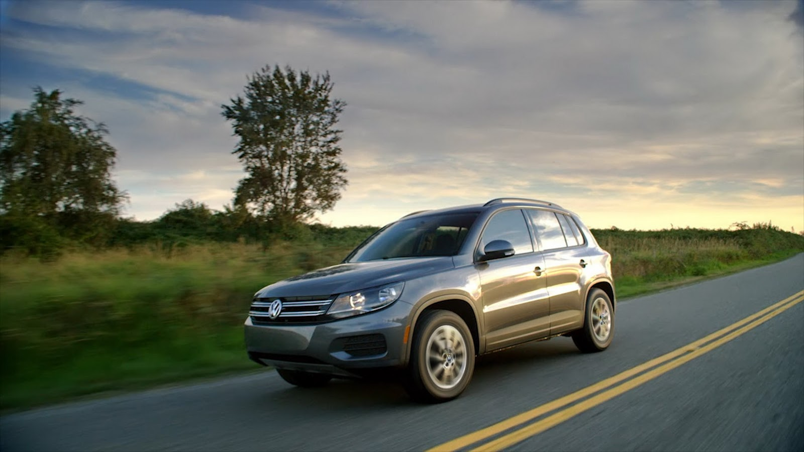 Old Volkswagen Tiguan Lives On In The U S As An Affordable Suv