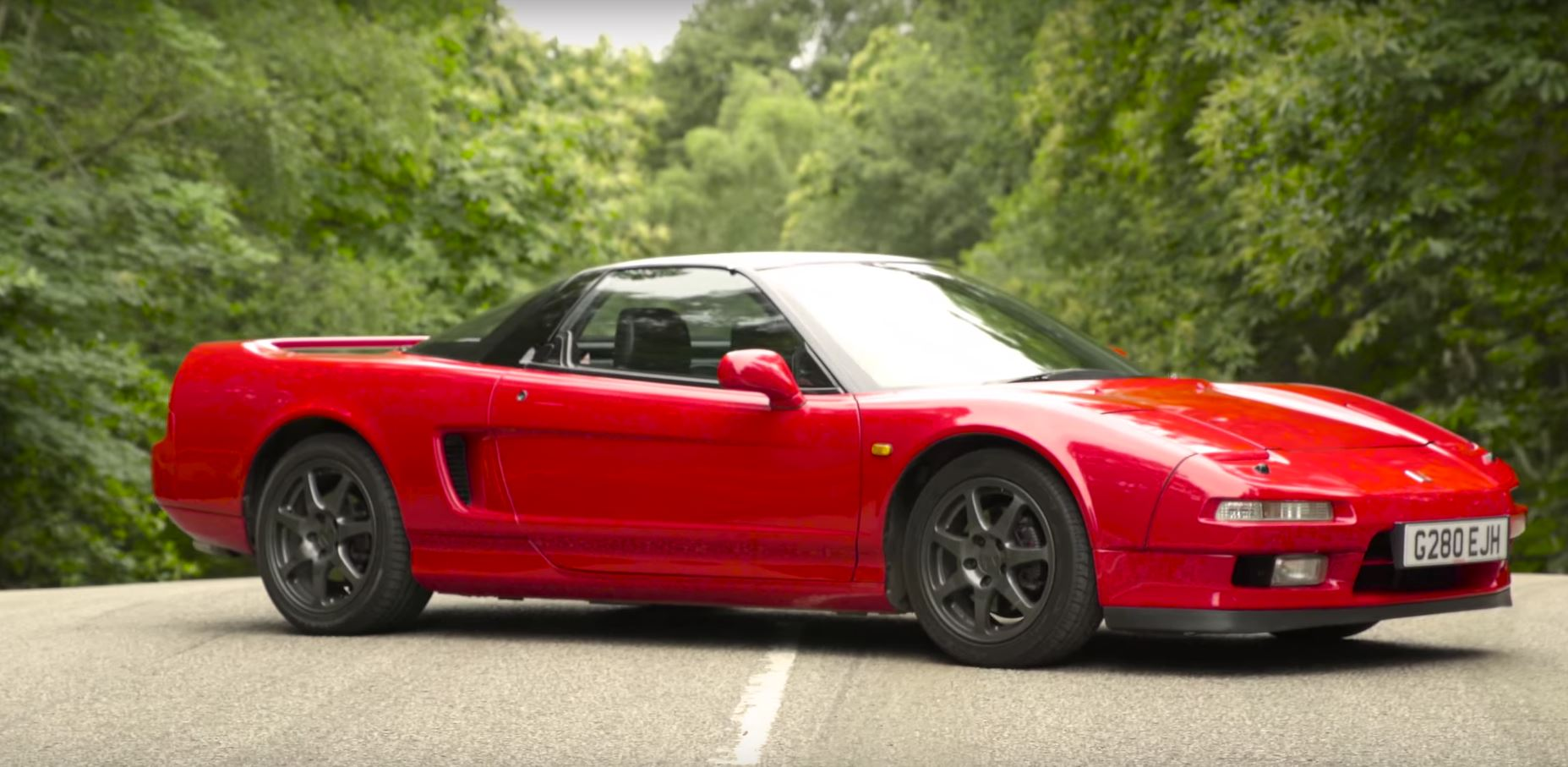 old vs new honda nsx review comes with matching 360 degree footage autoevolution. Black Bedroom Furniture Sets. Home Design Ideas