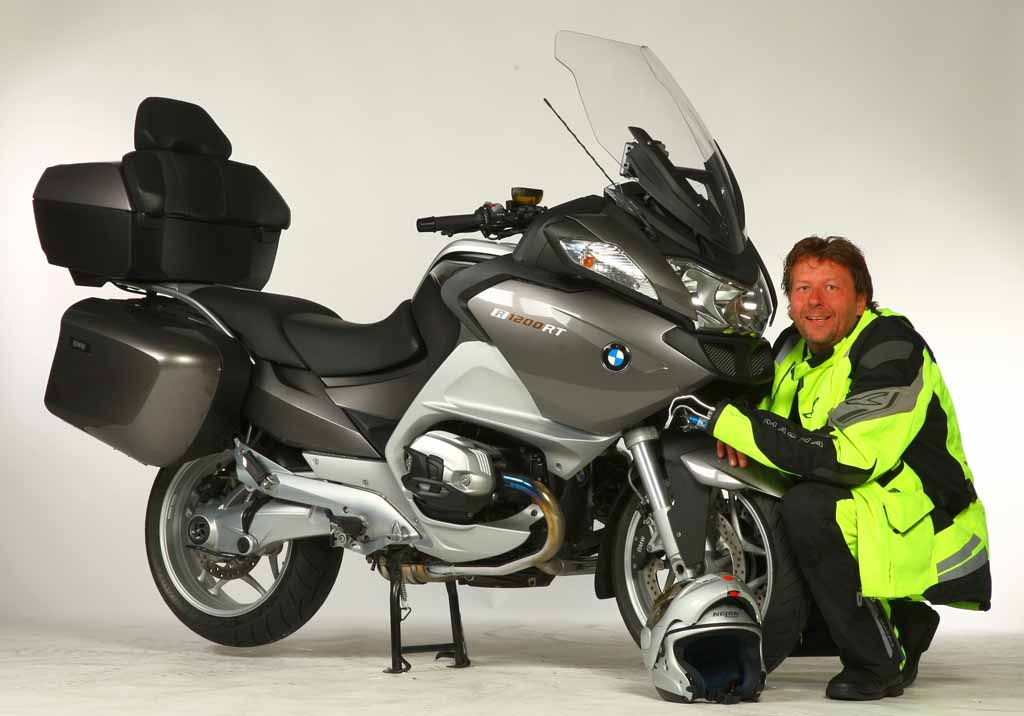 One Handed Operation Modified Bmw R1200rt Brings Hope