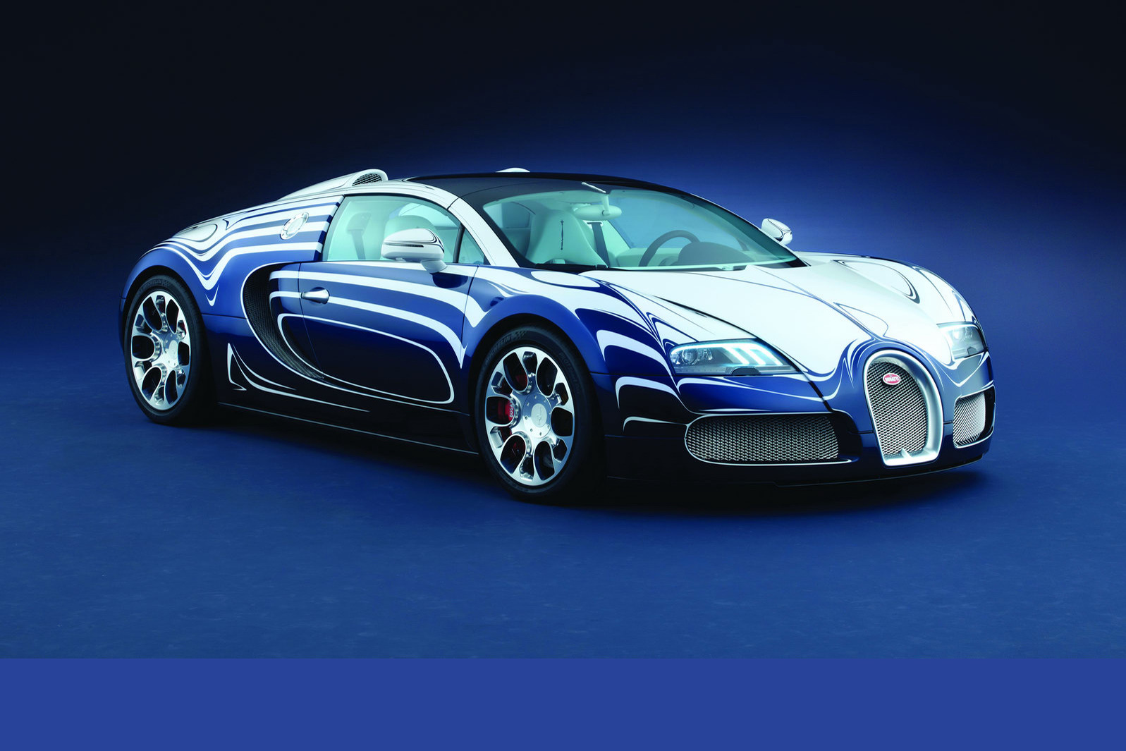 one off bugatti veyron l 39 or blanc is pimped out with. Black Bedroom Furniture Sets. Home Design Ideas