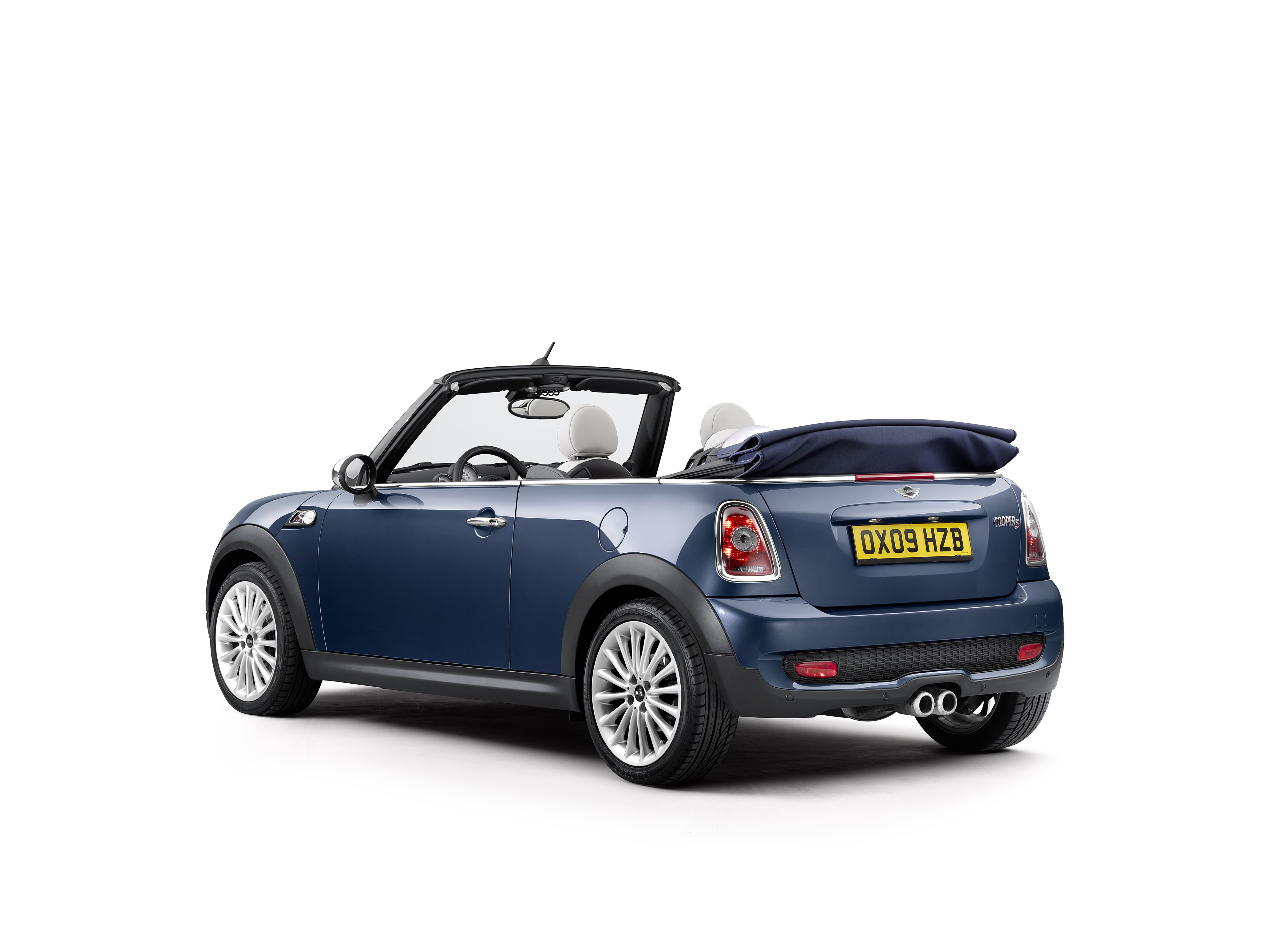 2008 MINI Cooper S Convertible Is a Modern Day Collectible