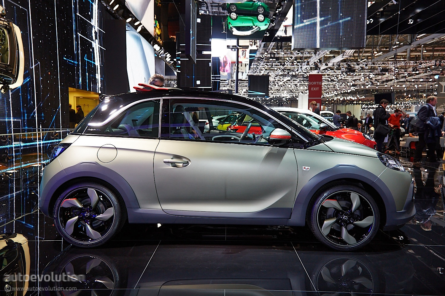 Opel Adam Rocks Rolls Its Way To A Geneva Debut Live Photos on 3 Way Crossover