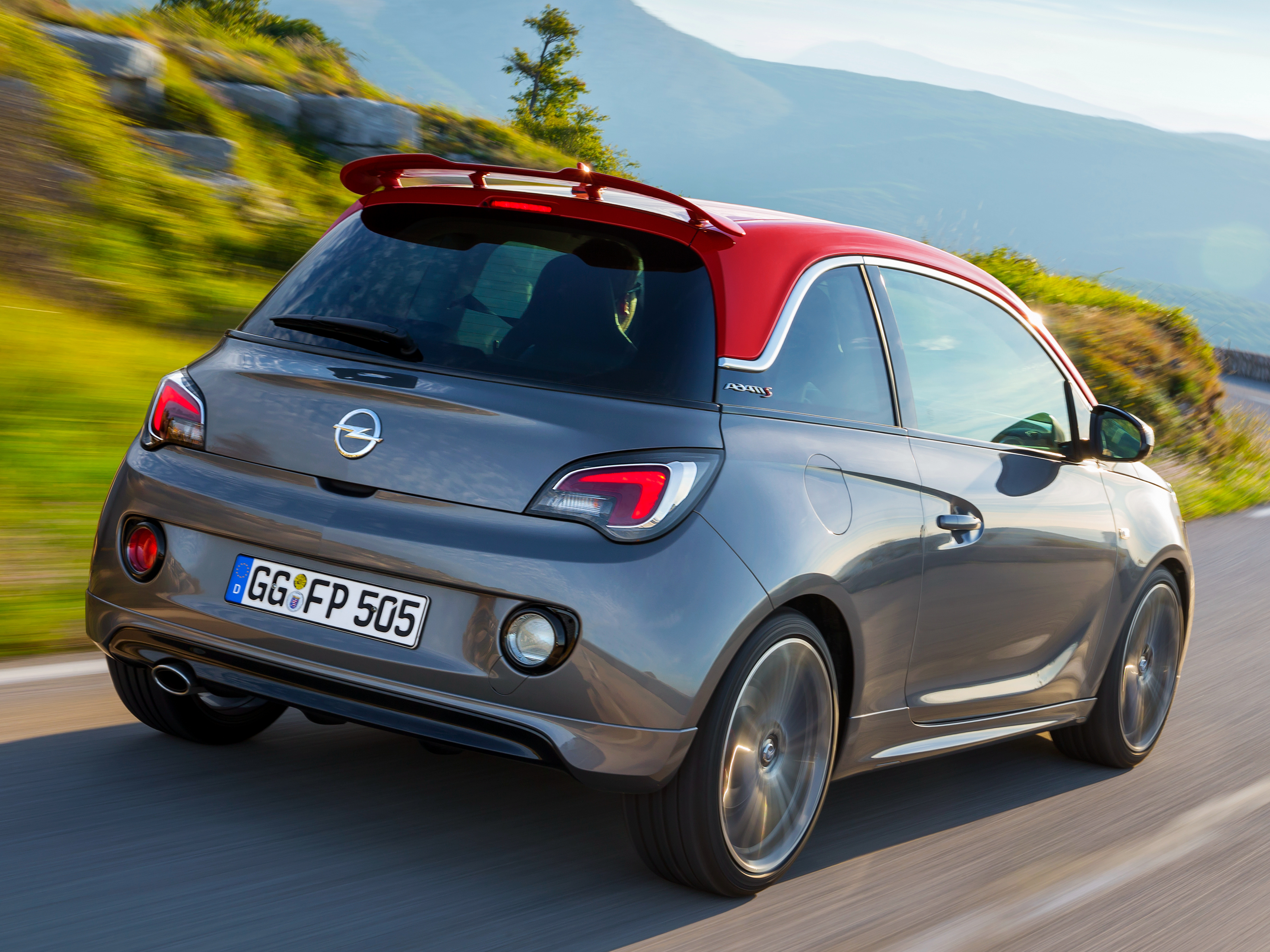 opel adam s 150 hp pocket rocket revealed ahead of paris. Black Bedroom Furniture Sets. Home Design Ideas