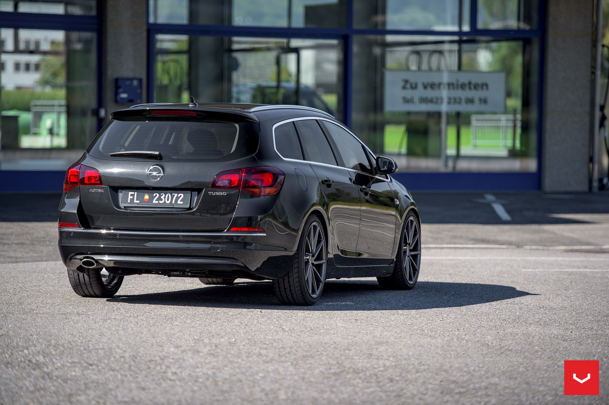 Opel Astra J Wagon Doubles Its Value With Vossen Cvt Wheels Autoevolution