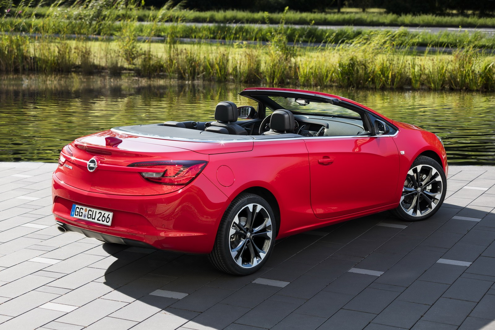 opel cascada supreme special edition shown before paris debut autoevolution. Black Bedroom Furniture Sets. Home Design Ideas