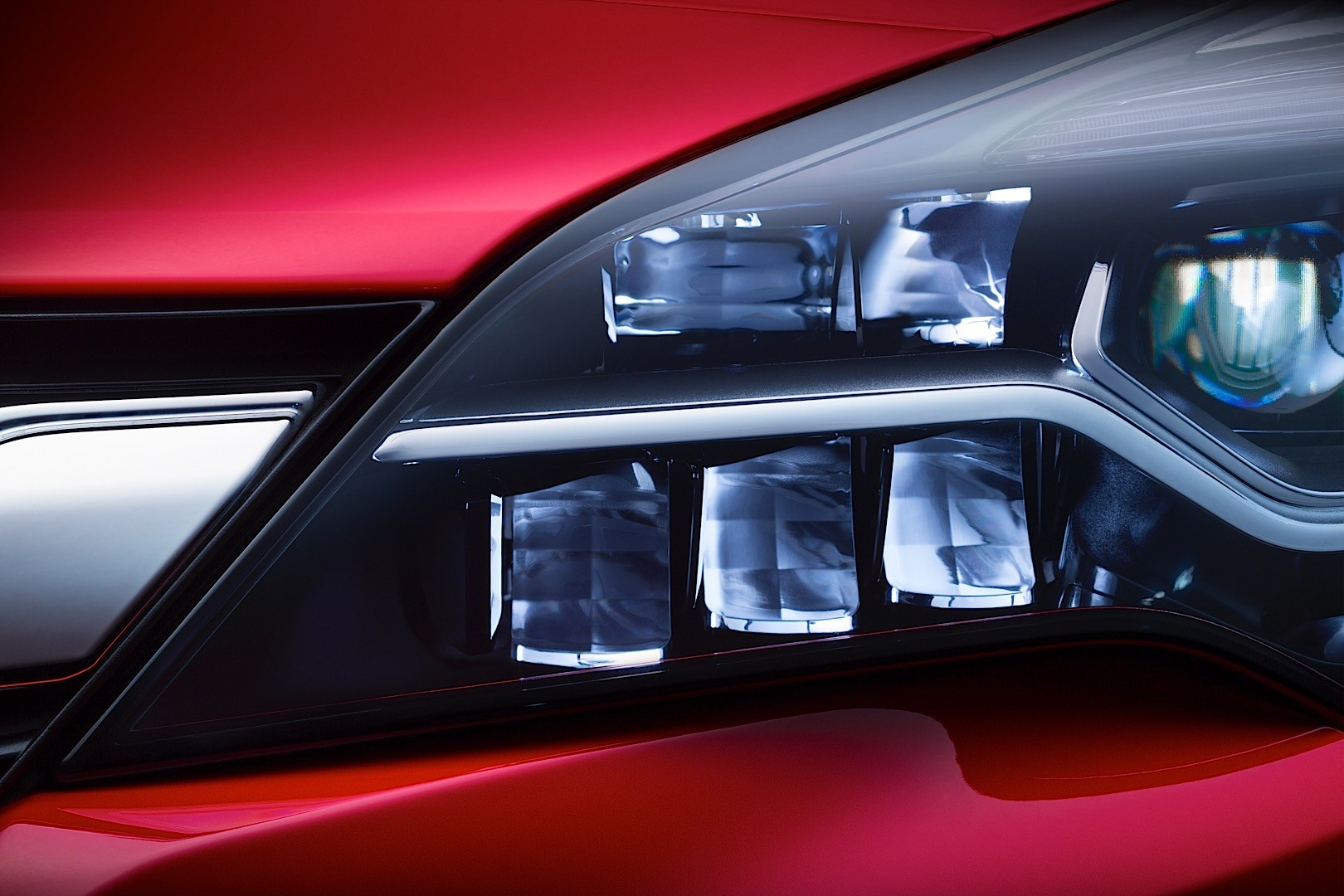 Opel Intellilux Led Matrix Headlights To Debut At Iaa 2015 On The Opel Astra K Autoevolution