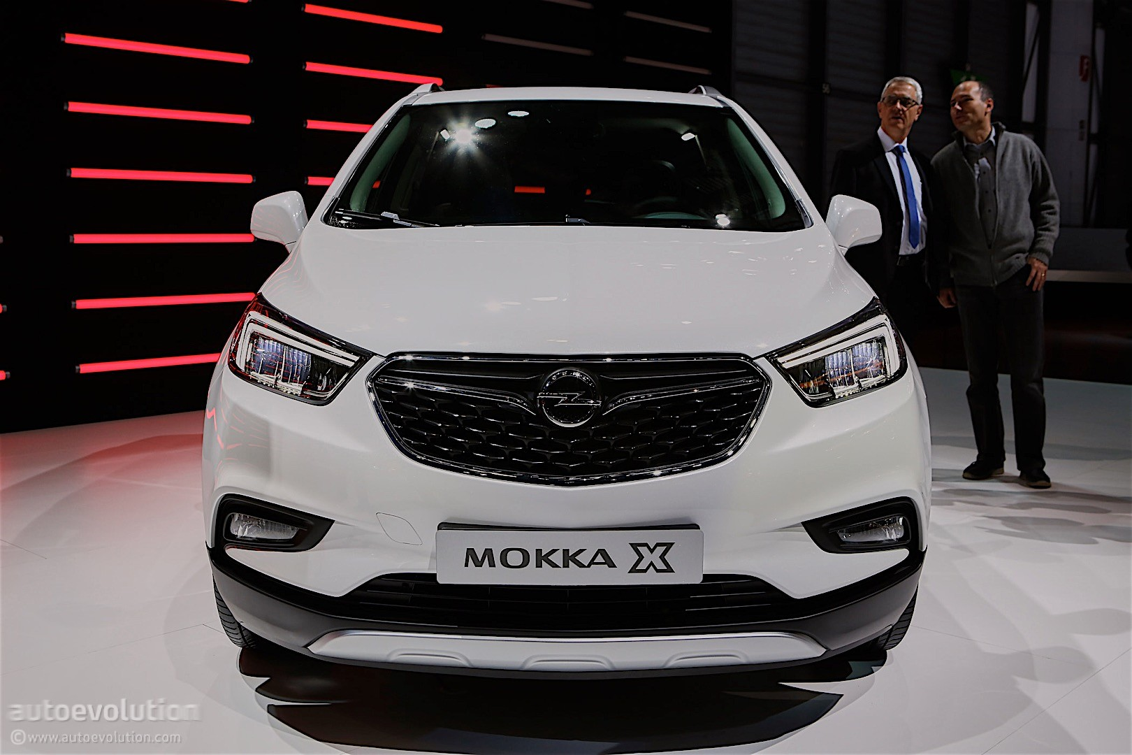 opel mokka x successor coming in 2019 large suv in 2020. Black Bedroom Furniture Sets. Home Design Ideas