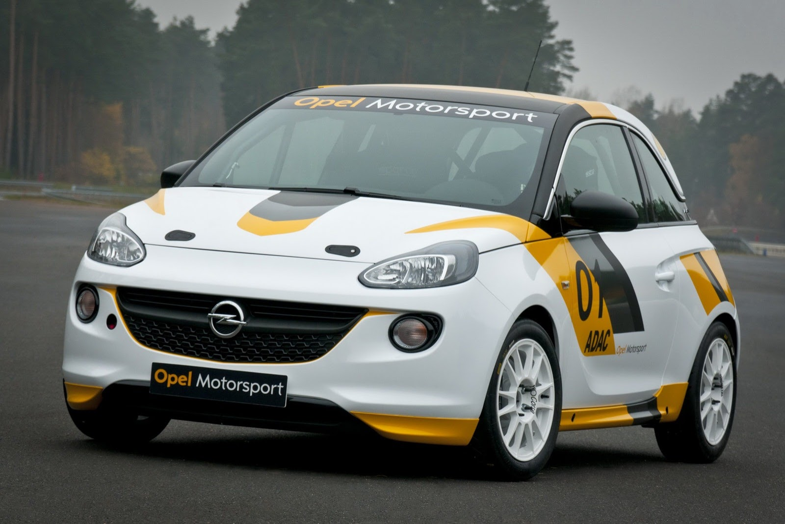 opel returns to motorsport with astra opc cup and adam cup. Black Bedroom Furniture Sets. Home Design Ideas