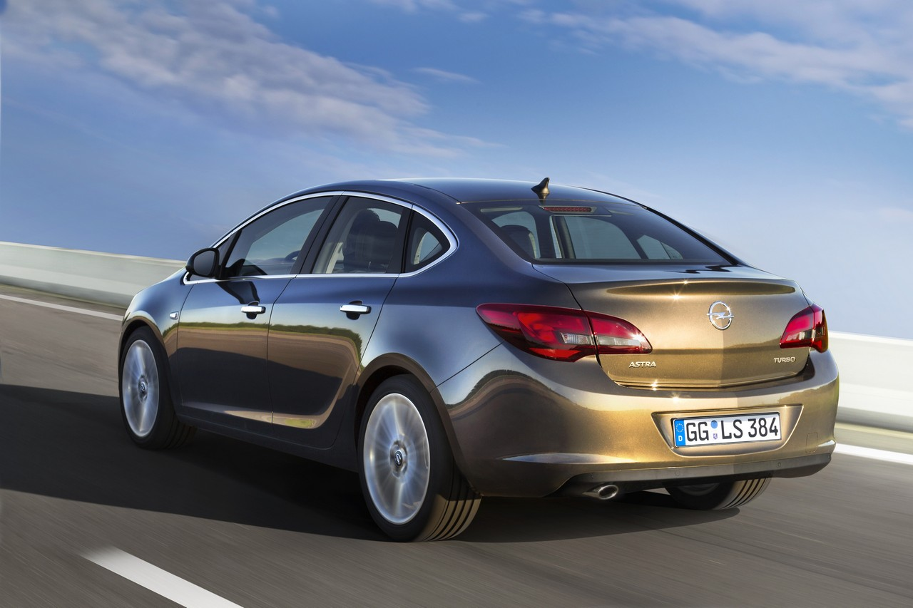 opel unveils new astra sedan autoevolution. Black Bedroom Furniture Sets. Home Design Ideas
