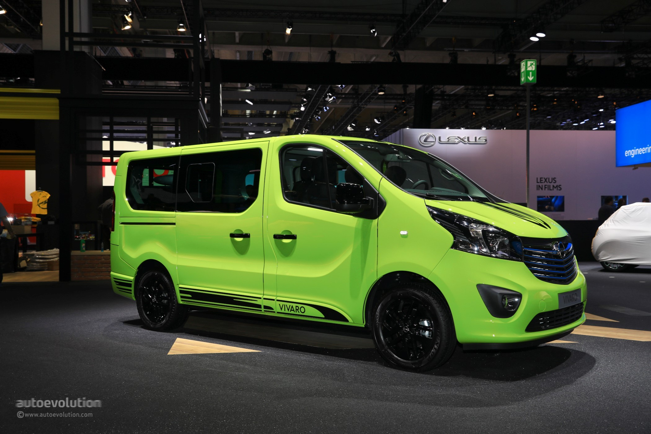 opel vivaro life makes camper vans look cool in frankfurt autoevolution. Black Bedroom Furniture Sets. Home Design Ideas