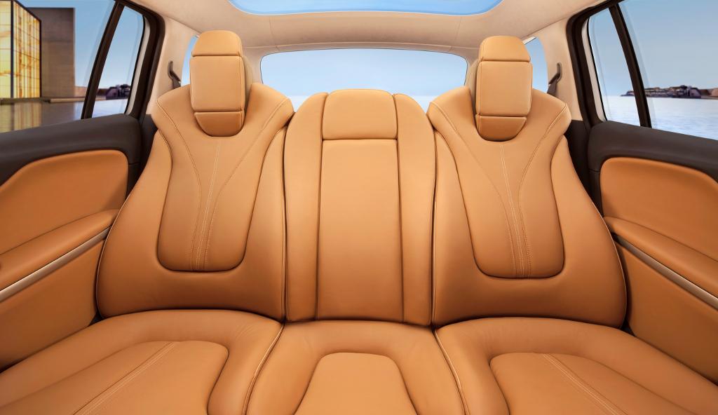 Opel zafira tourer concept details and photos autoevolution for Interior zafira tourer