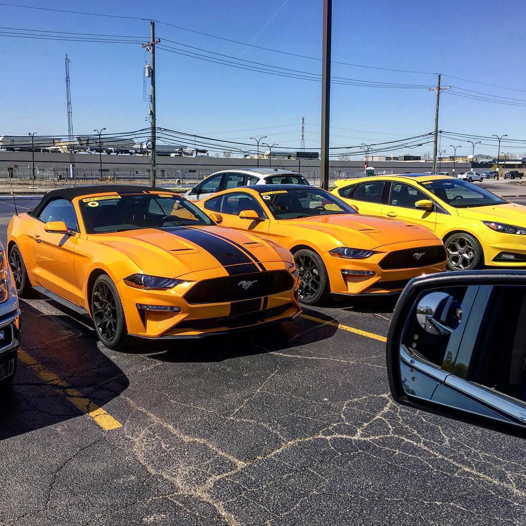 Here's How The 2018 Mustang Looks In Orange Fury - autoevolution