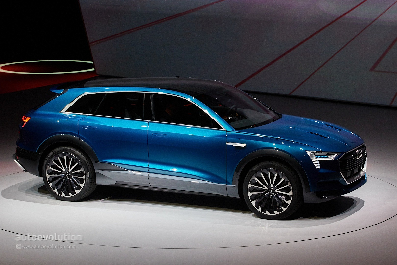 Audi etron electric SUV appears in camouflage at Geneva