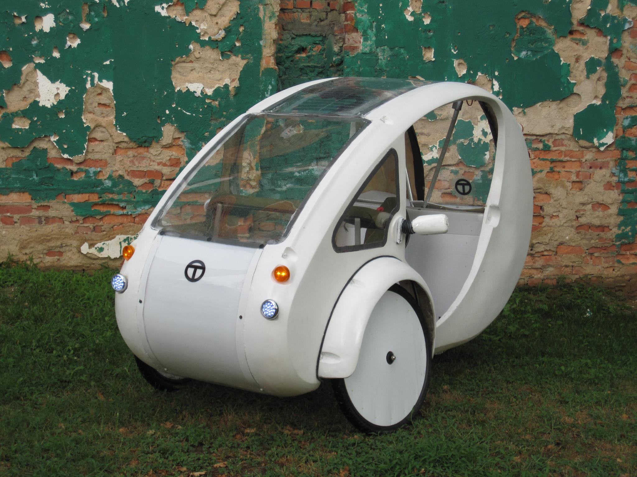 organic transit vehicles elf solar assisted trike. Black Bedroom Furniture Sets. Home Design Ideas