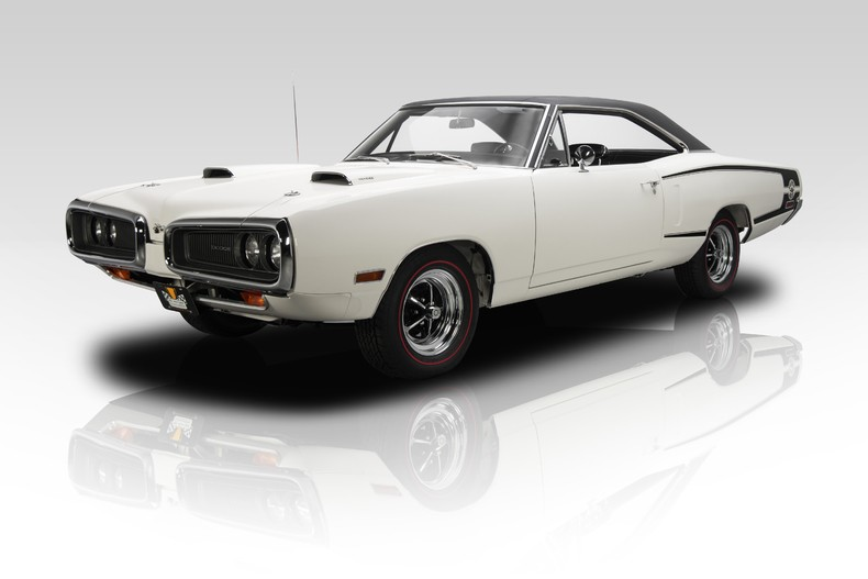 Original Dodge Coronet Super Bee Is What Muscle Cars Are All About