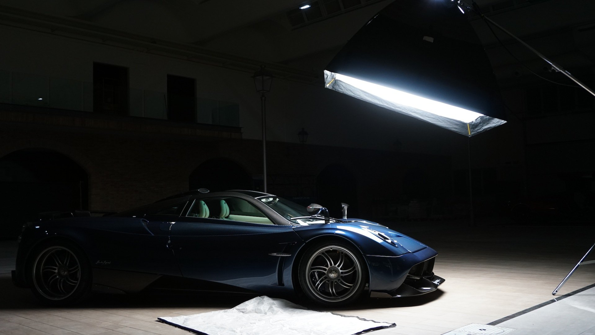 Pagani Huayra Pearl Is Bite The Back Of Your Hand Beautiful Autoevolution