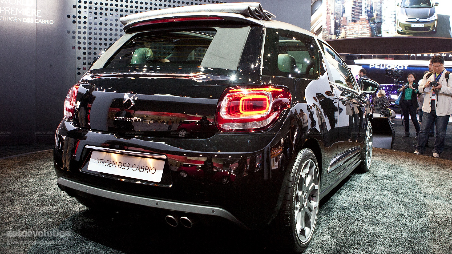 Citroen Officially Reveals DS3 Cabrio - autoevolution
