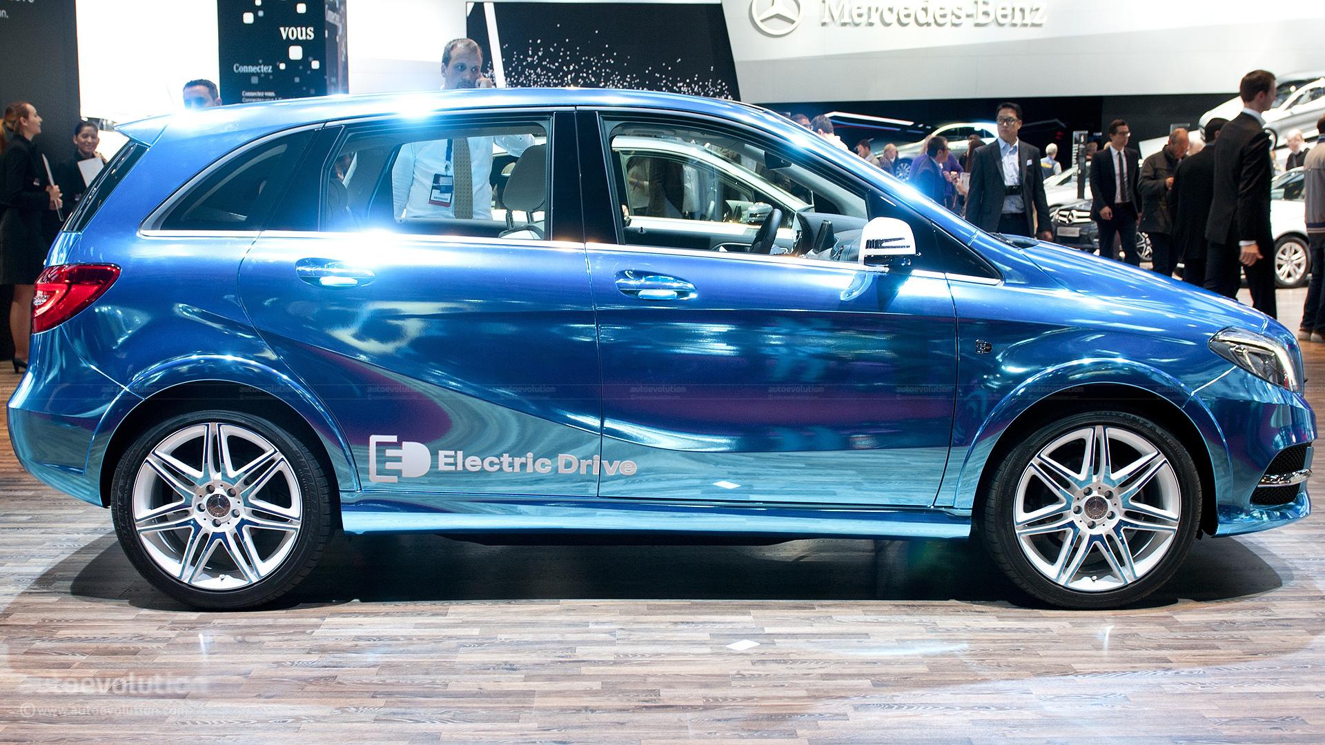 Paris 2012 mercedes benz b class electric drive live for Mercedes benz b class electric car