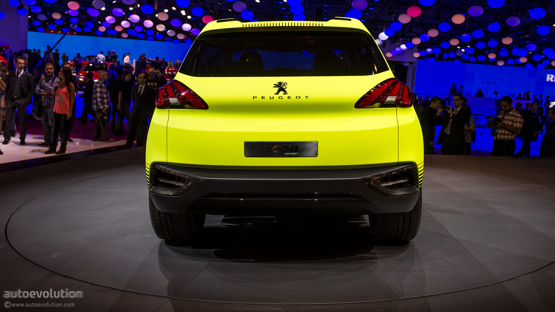 Paris 2012 Peugeot 2008 Crossover Concept Live Photos