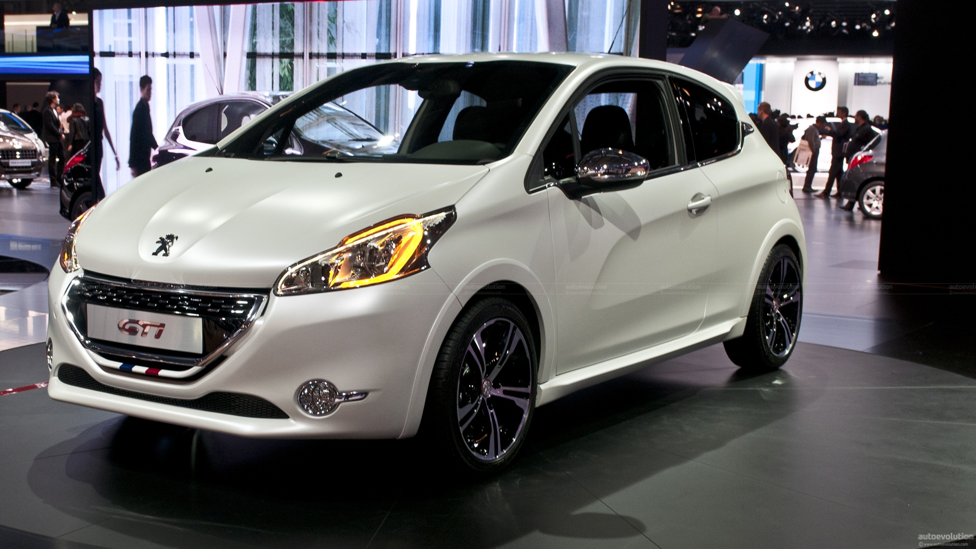 Paris 2012: Peugeot 208 GTi [Live Photos]