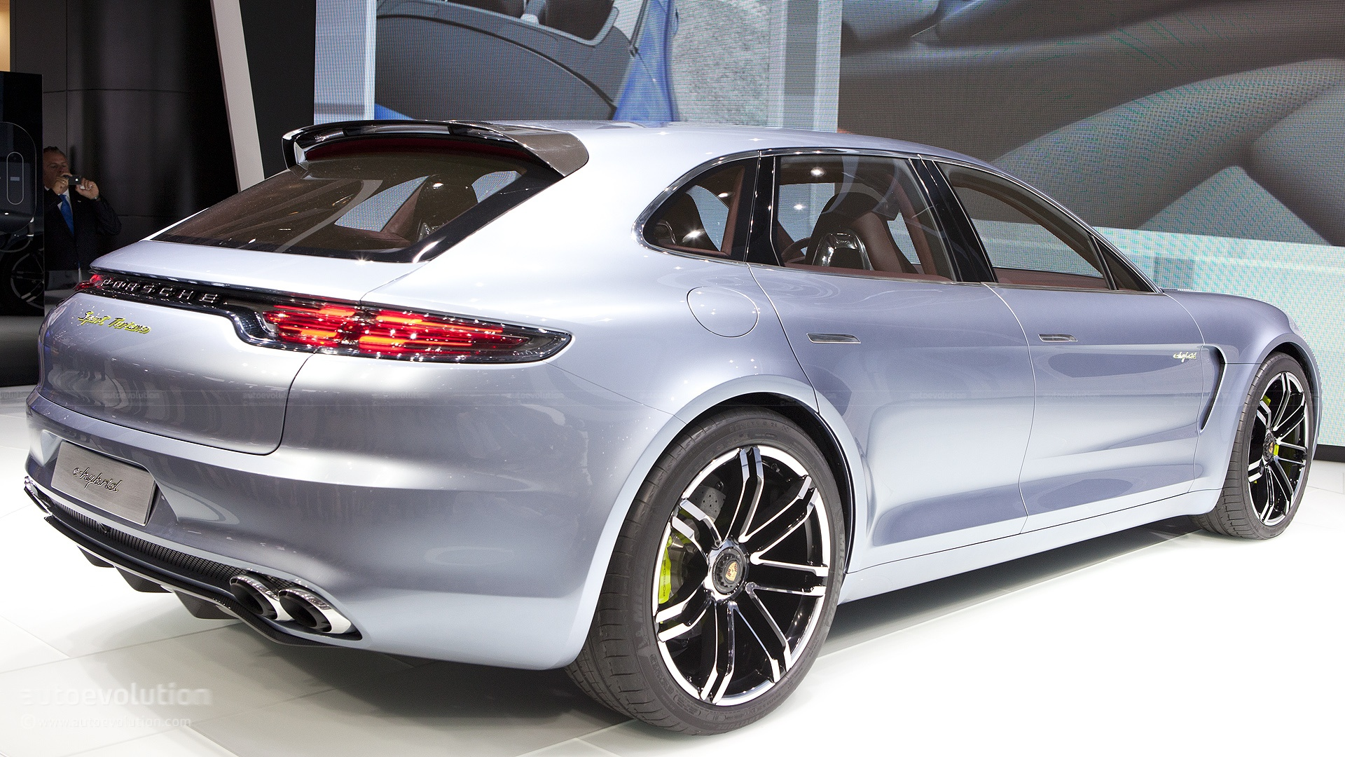 Paris 2012 Porsche Panamera Sport Turismo Shooting Brake