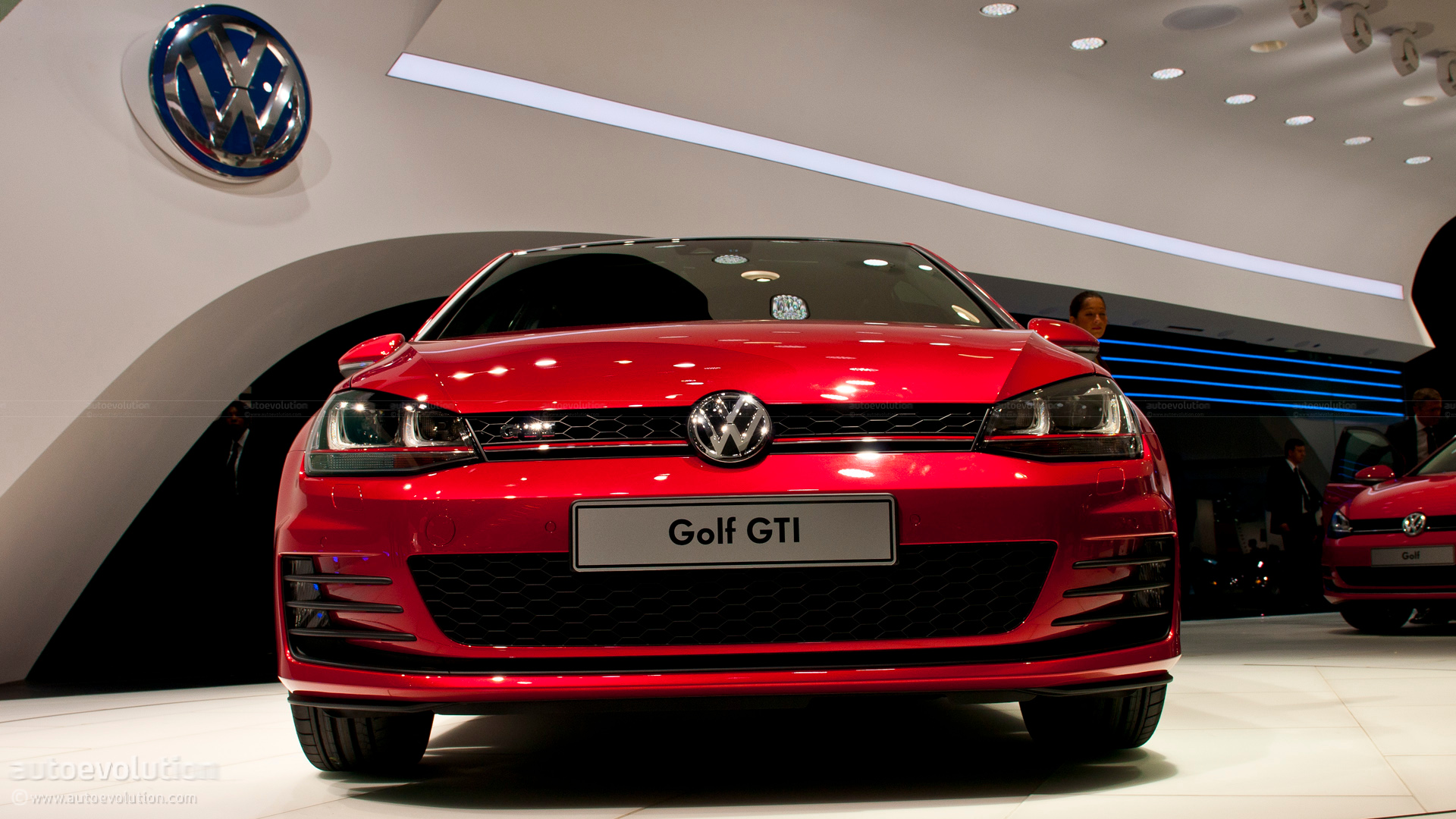 paris 2012 volkswagen golf vii gti concept live photos. Black Bedroom Furniture Sets. Home Design Ideas