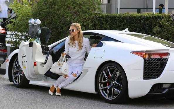 Paris Hilton Dresses To Match Her White Lexus Lfa