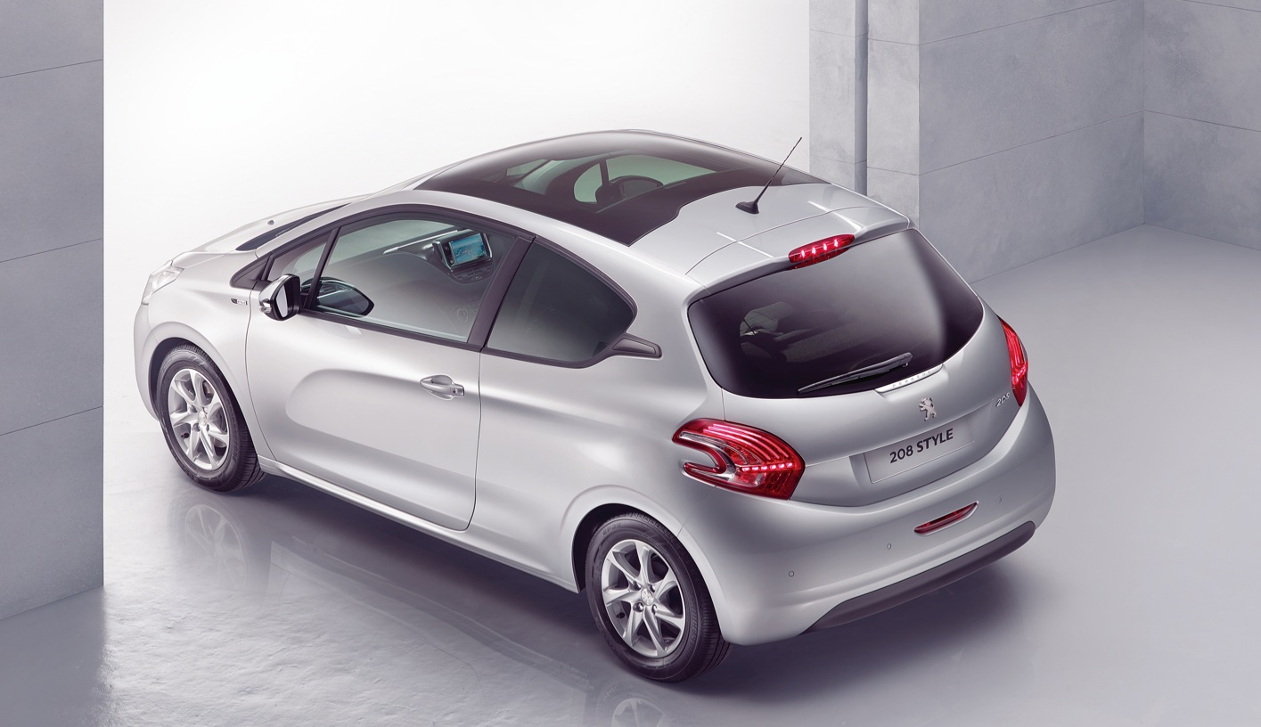 2012 - [Peugeot] 208 - berline [A90/1] - Page 40 Peugeot-208-style-special-edition-added-to-uk-model-range_7