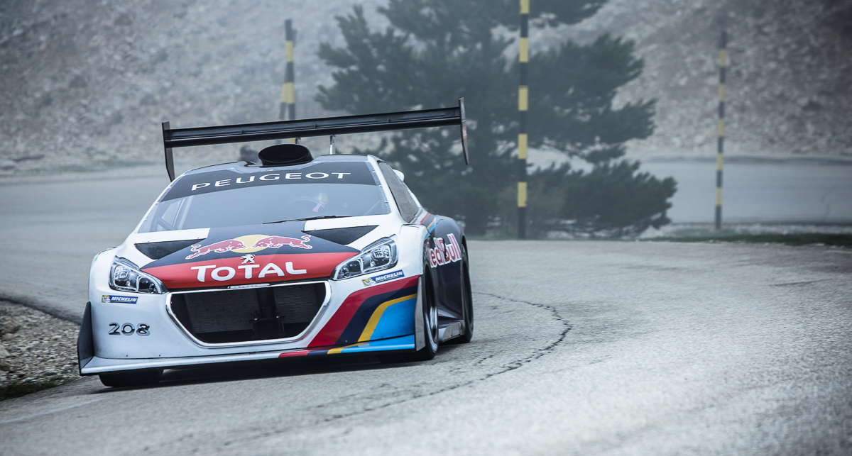 peugeot sebastien loeb smash pikes peak record autoevolution. Black Bedroom Furniture Sets. Home Design Ideas