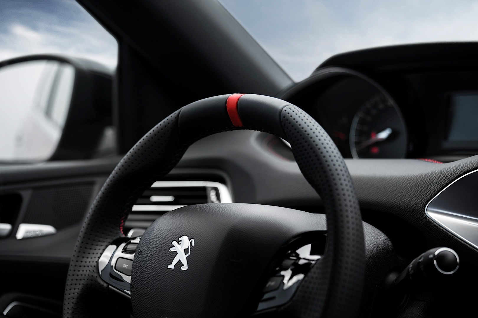 peugeot 308 gti 250 and 270 models frolick on the autobahn