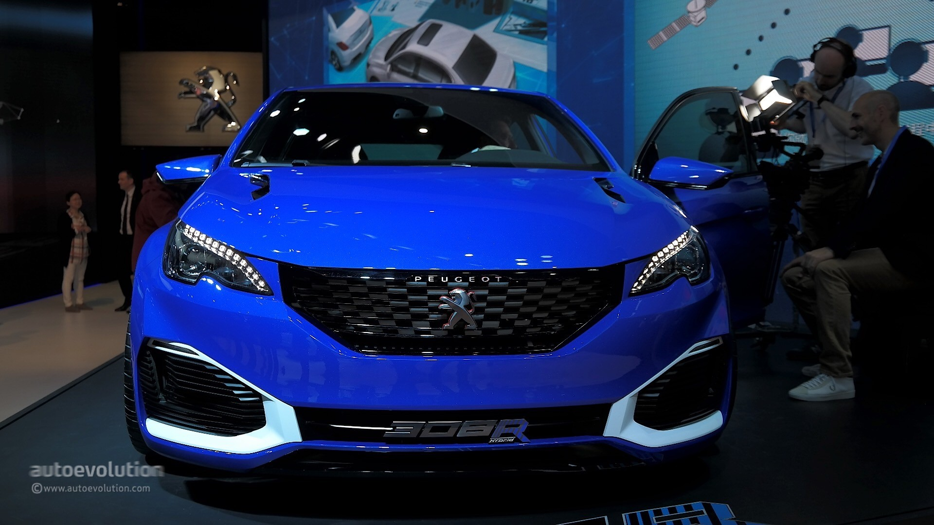 peugeot 308 r hybrid is a rare mix between supercar and hot hatch in shanghai autoevolution. Black Bedroom Furniture Sets. Home Design Ideas