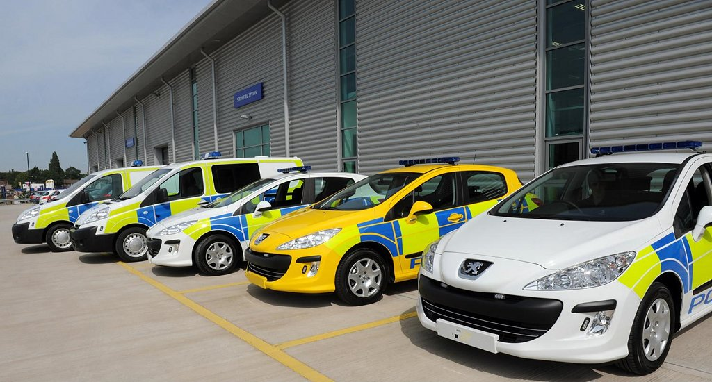 Peugeot police cars to patrol the uk autoevolution