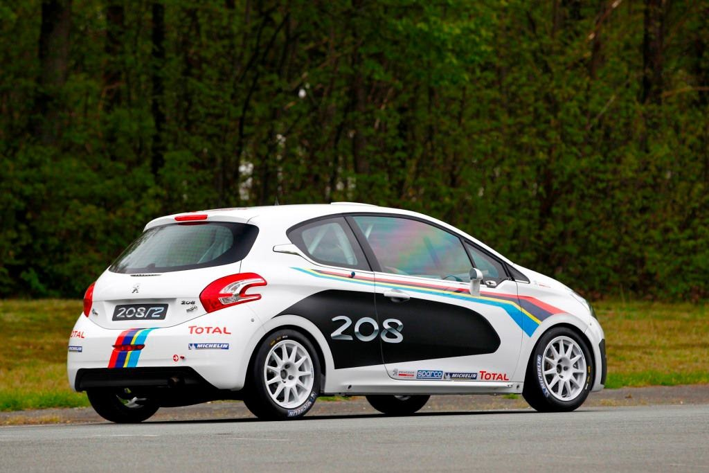 Peugeot Unveils 208 R2 Rally Car