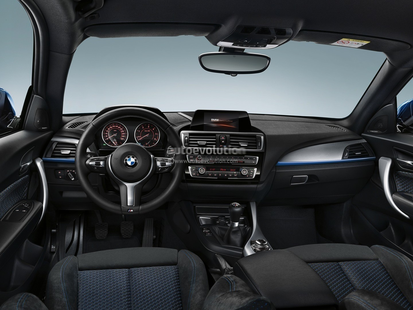 Photo Comparison Bmw F20 1 Series Facelift Versus Bmw F20 1 Series Pre Facelift Autoevolution