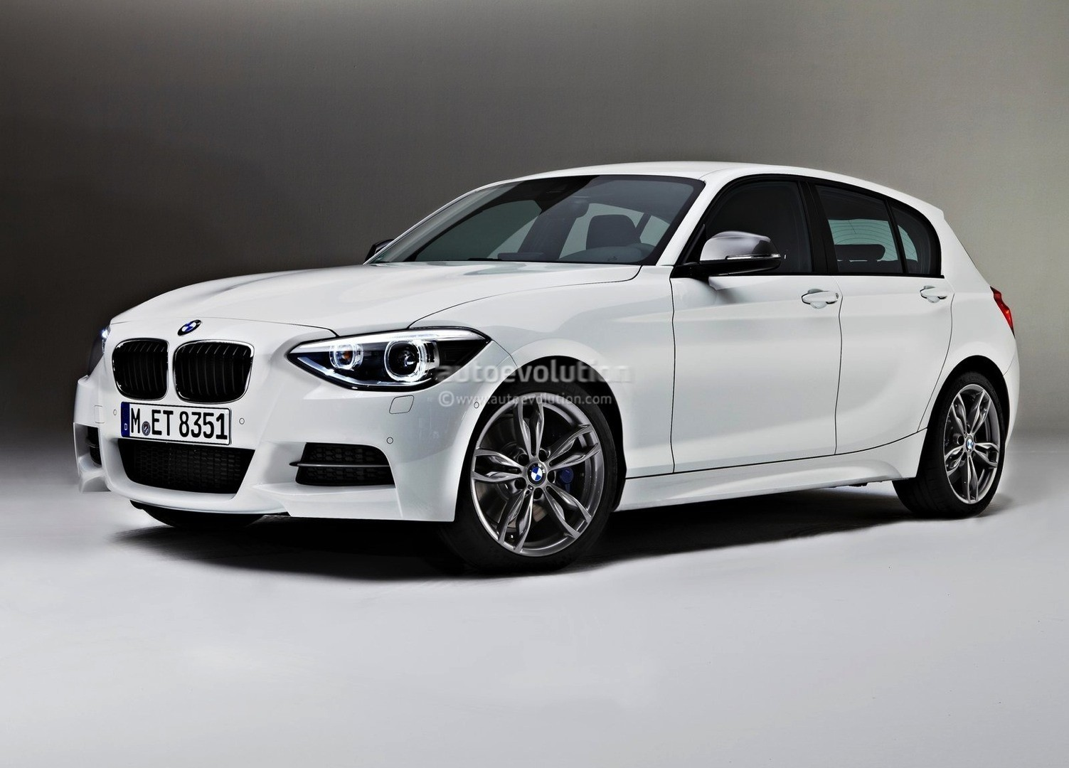 will bmw keep the f20 1 series off american soil for good autoevolution. Black Bedroom Furniture Sets. Home Design Ideas