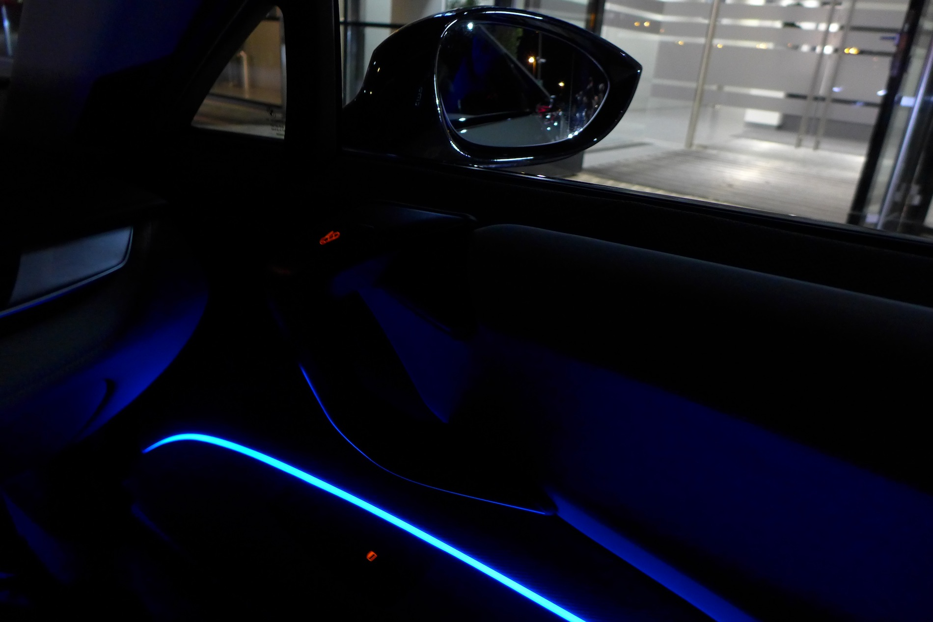 Matte Black BMW >> Photo Gallery: BMW i8 Interior at Night - autoevolution