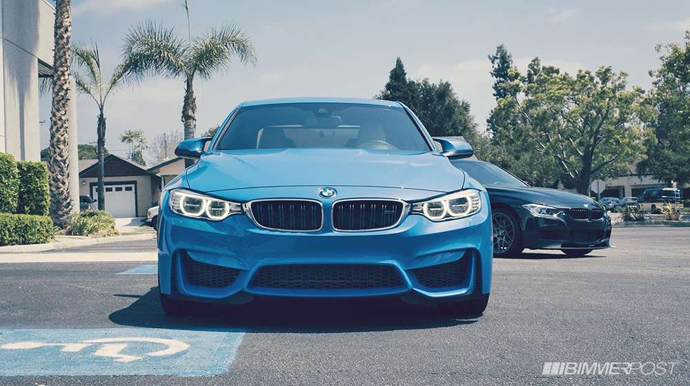 photo shoot bmw f80 m3 next to m sport f30 3 series autoevolution. Black Bedroom Furniture Sets. Home Design Ideas
