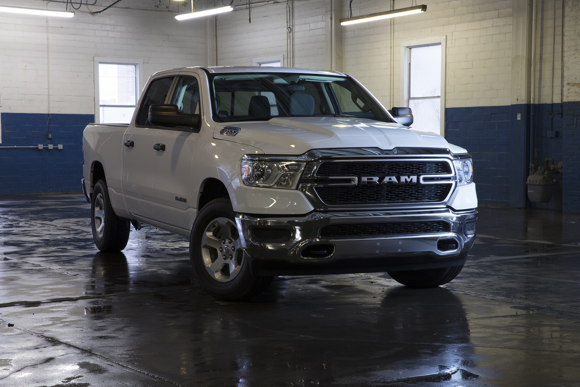 Pickup Truck Comparison Test: 2019 Ram 1500 vs. Chevy ...