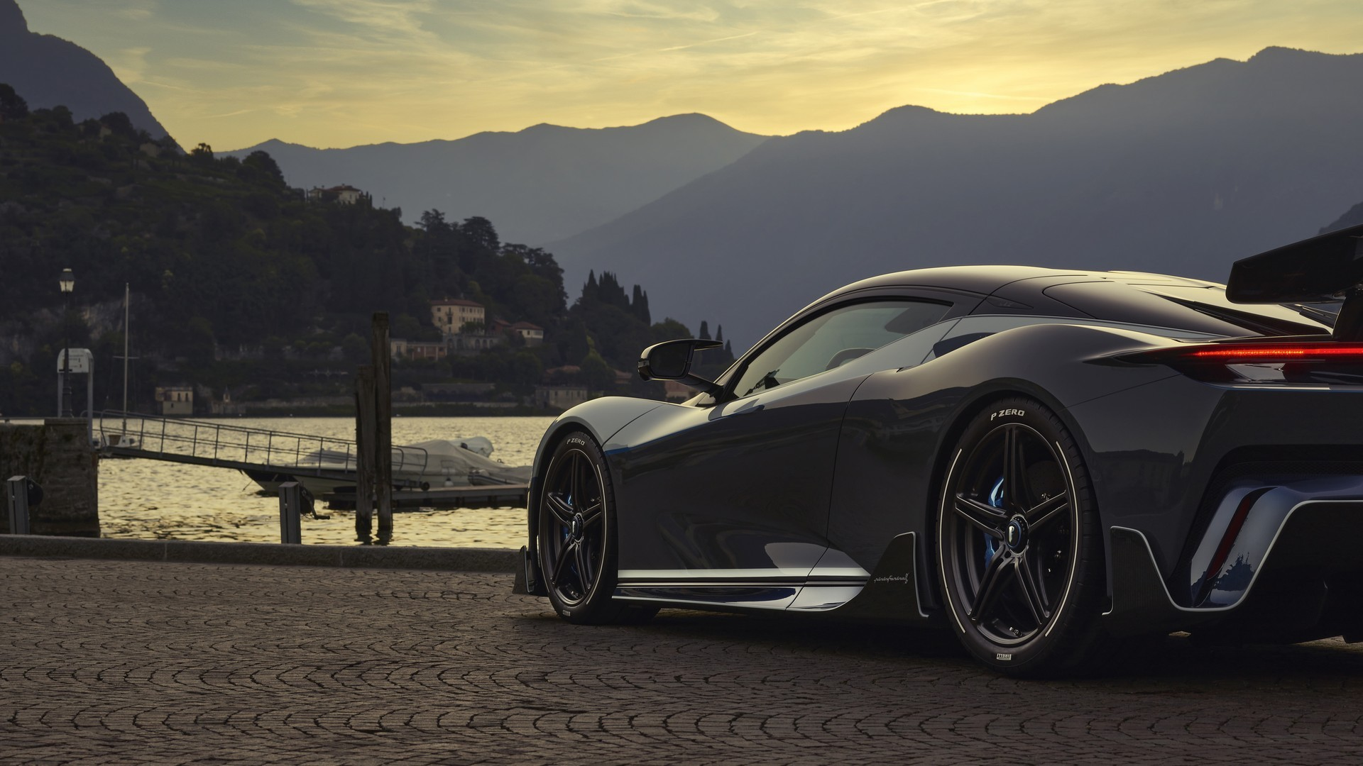 2018 - [Pininfarina] PF0 Concept / Battista  - Page 2 Pininfarina-promises-battista-anniversario-making-of-during-concours-virtual_1
