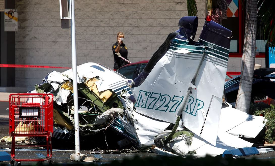 Small plane crashes in California parking lot