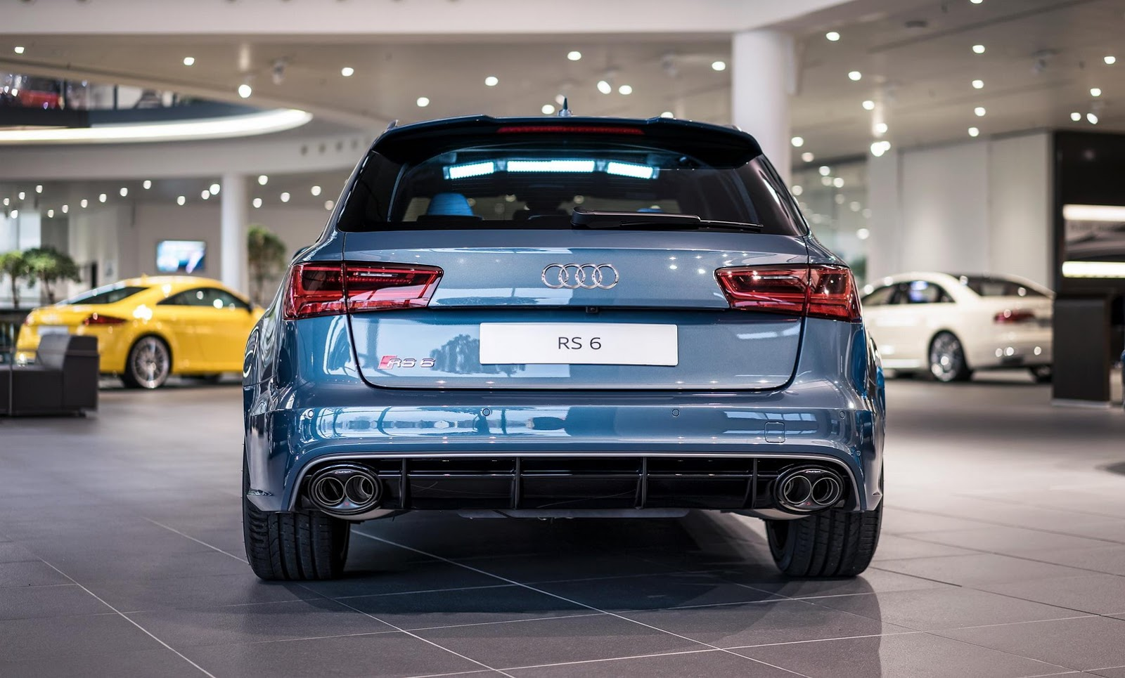 Polar Blue Metallic RS6 Avant by Audi Exclusive Looks Cool ...