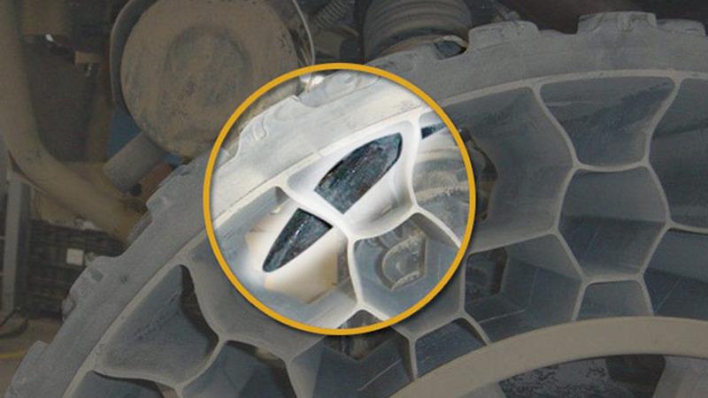 Airless Car Tires >> Polaris Debuts Sportsman WV850 H.O. with Terrain Armor Non-Pneumatic Tires - autoevolution