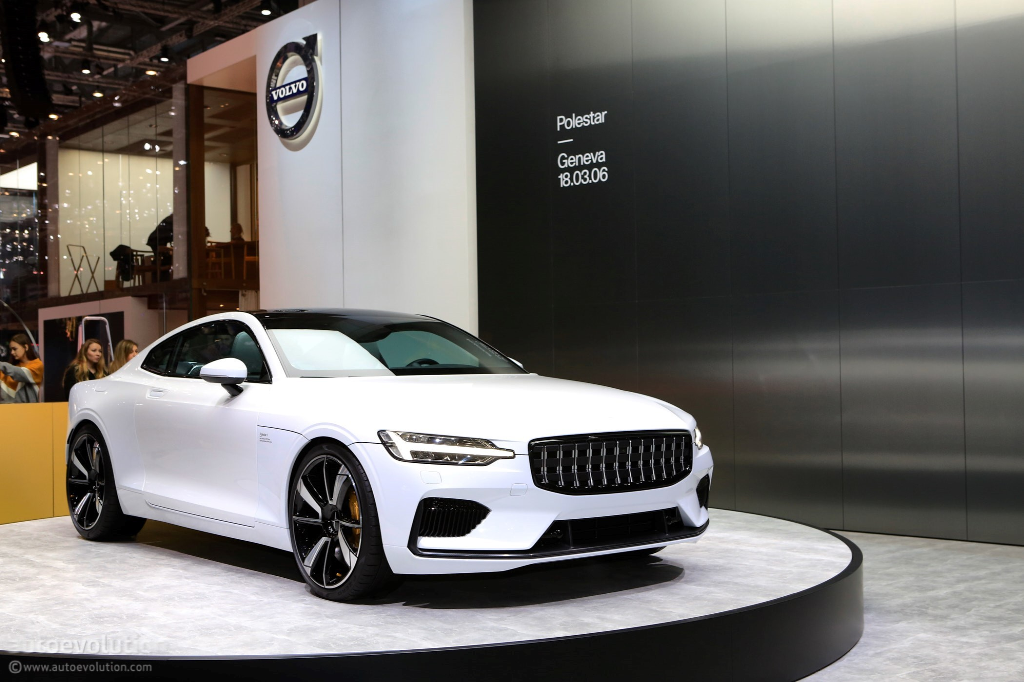 2019 Polestar 1 Shows Concept Like Design And Interior In These Videos Autoevolution