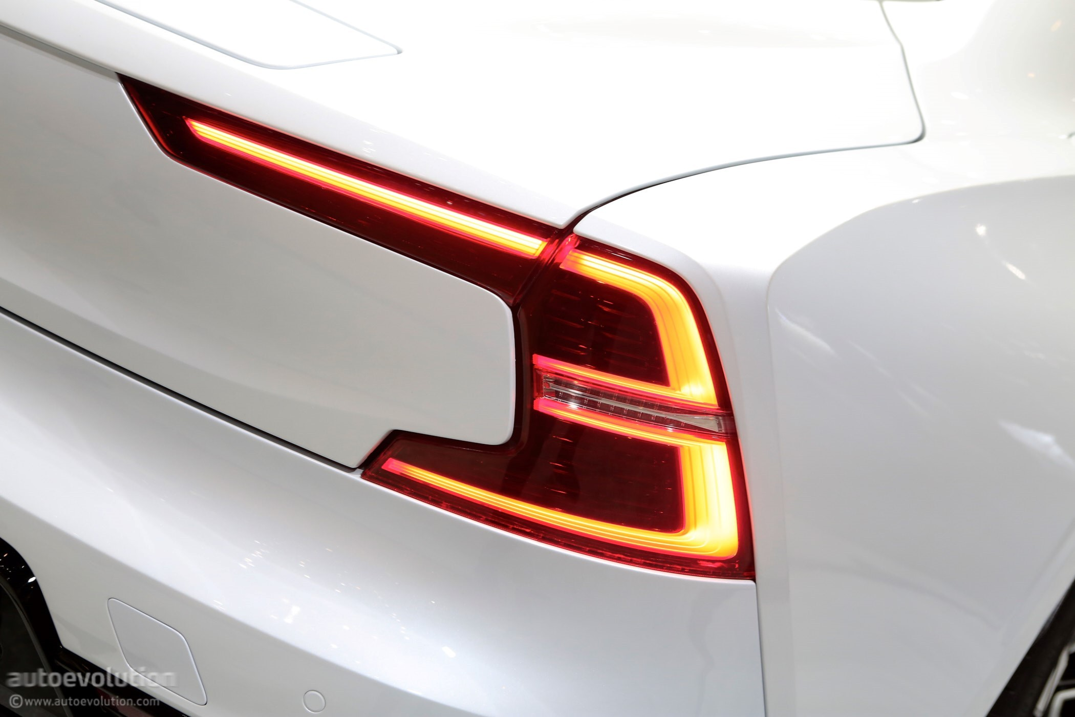 Polestar 1 Plug In Hybrid Coupe Priced At 155 000