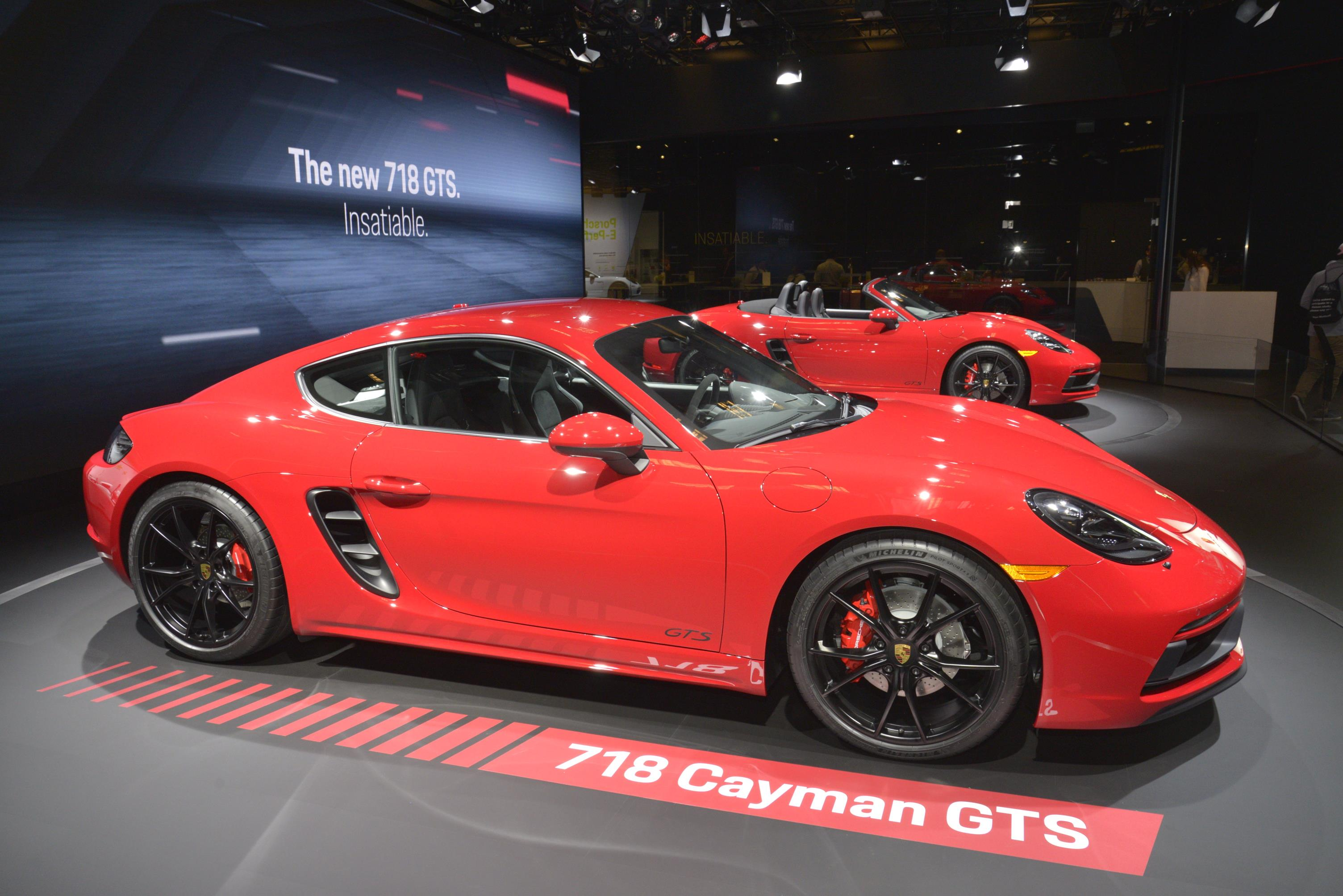 Porsche 911 992 >> Porsche 718 Cayman and Boxster GTS Are Very Red In Los Angeles - autoevolution