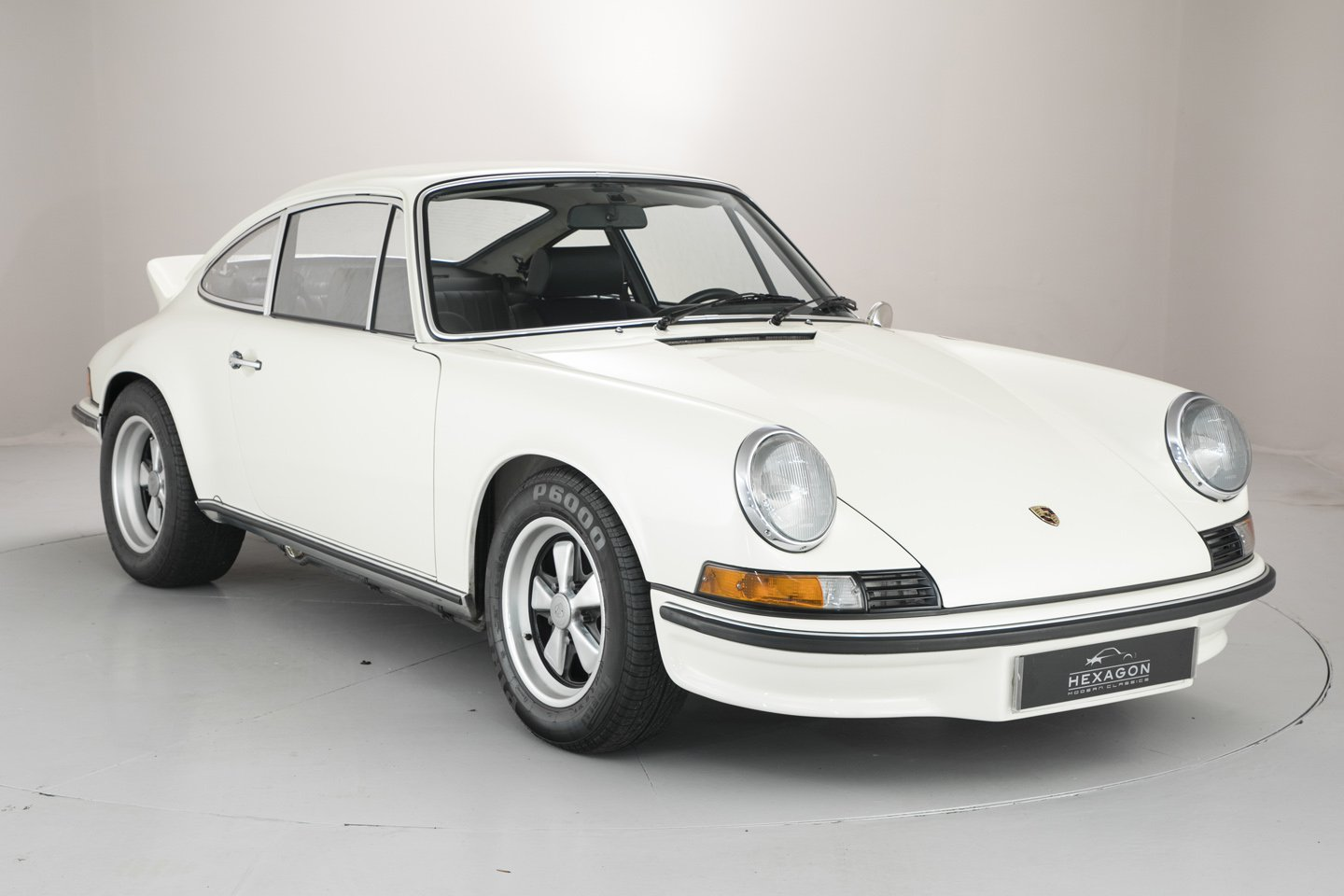 1973 porsche 911 2 7 rs touring is an air cooled blue chip investment autoevolution. Black Bedroom Furniture Sets. Home Design Ideas