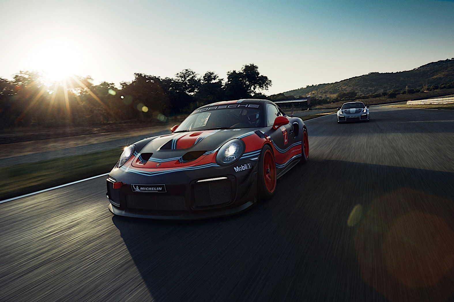 Porsche 911 Gt2 Rs Clubsport Unveiled In Los Angeles With