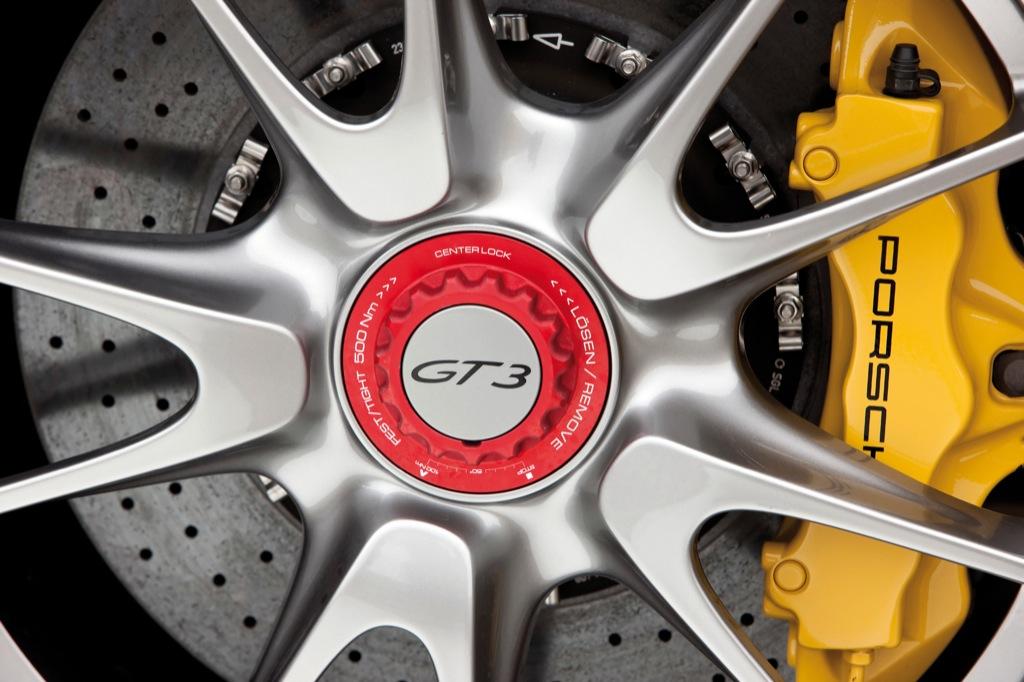 Porsche 911 Gt3 Gt3 Rs Get New Accessories Autoevolution