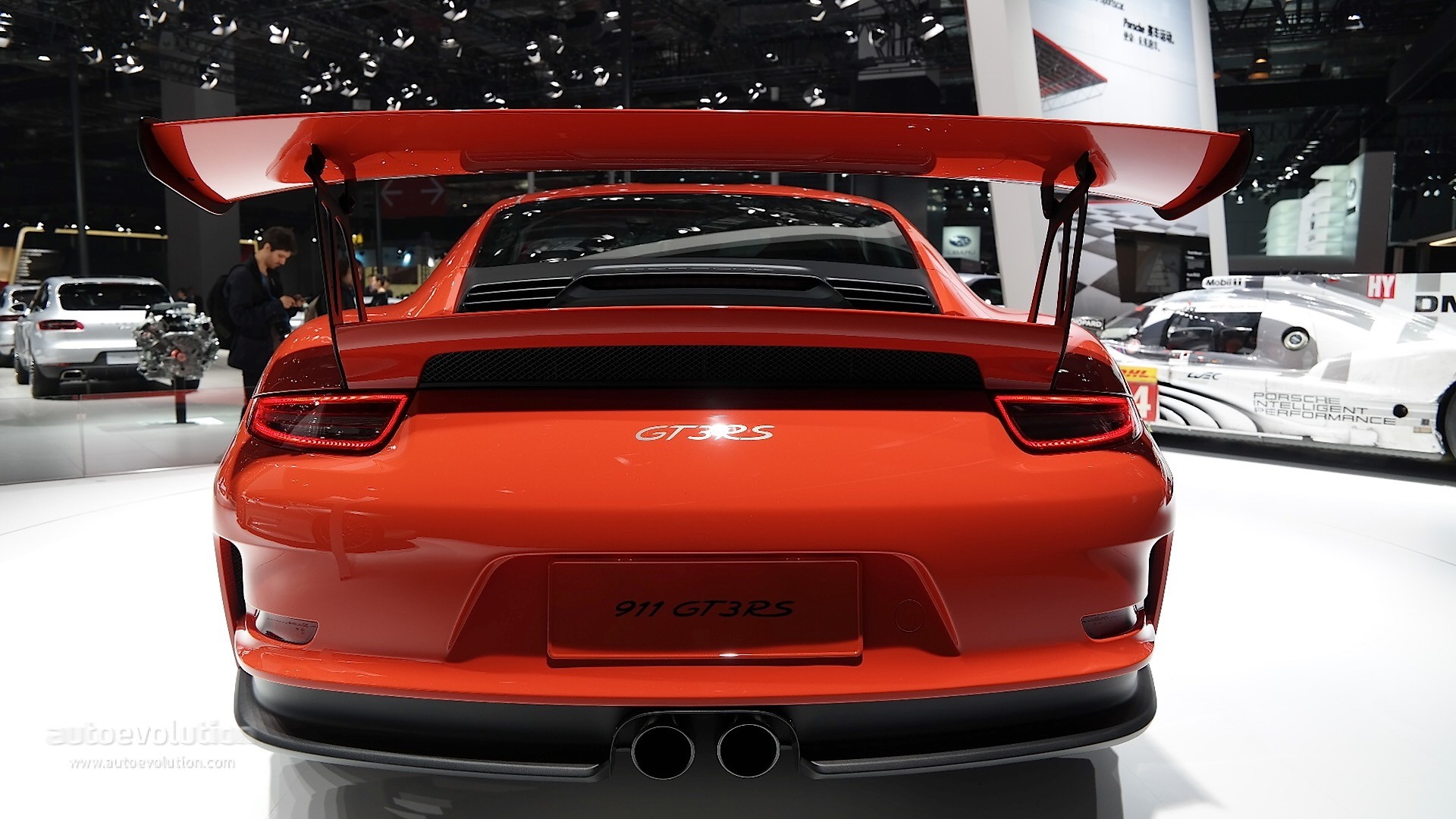 Porsche 911 Gt3 Rs Lands In Shanghai We Re Still In Love